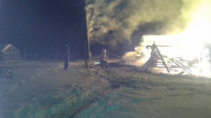 Трагедия в новогоднюю ночь: в пожаре в собственном доме погиб человек