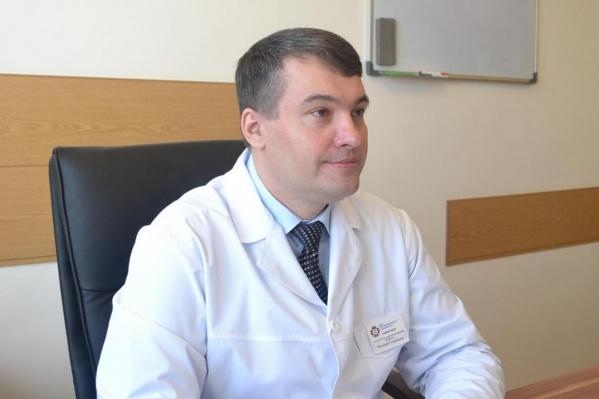Виталию Денисову 44 года