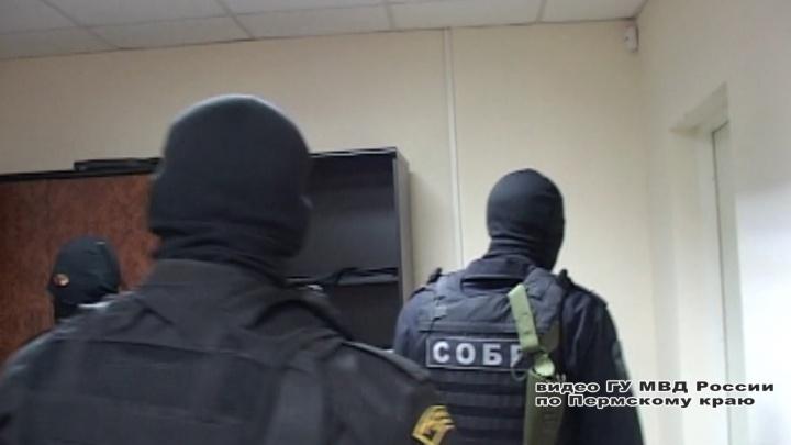 Сотрудники Интерпола доставили в Россию пермячку — главу ОПГ, находящуюся в федеральном розыске
