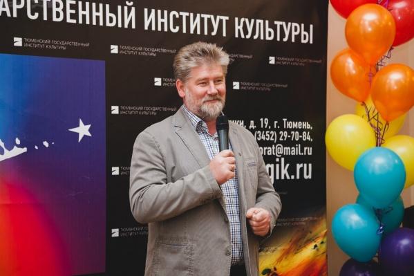 По неофициальным данным, за Игорем Шишкиным силовики пришли на заседание ректората института