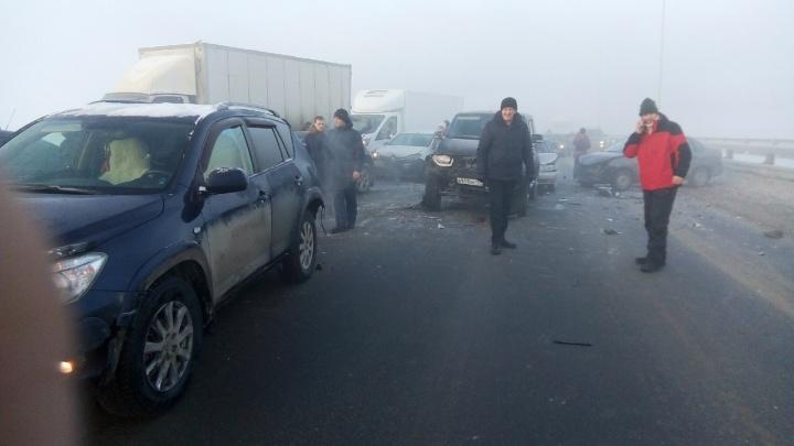 Пострадала 21 машина: на трассе Пермь — Екатеринбург произошли массовые ДТП