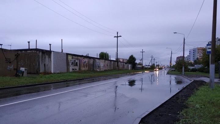 Опять поплыли: город после дождя превратился в гигантскую лужу