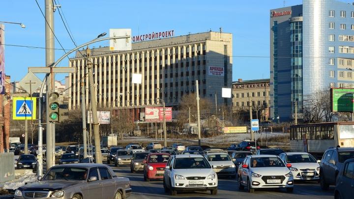 Хватит левачить: смотрим, на каких улицах Челябинска запретили поворот через встречную полосу