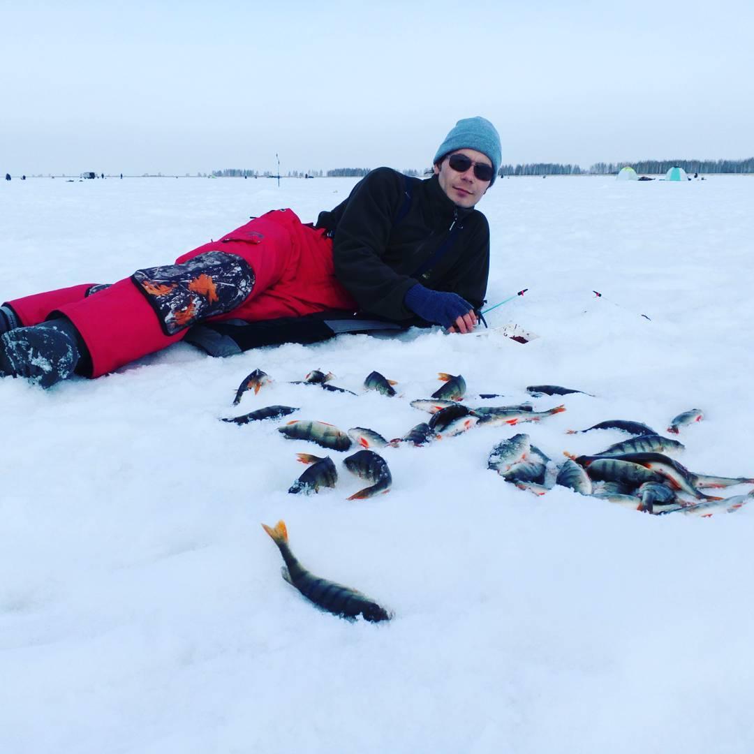 Артём был опытным рыбаком