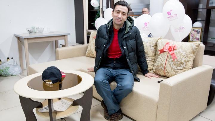 Ярославец получил диван совершенно бесплатно: как ему это удалось