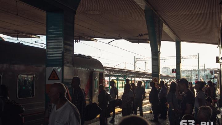 «Люди замучились ждать!»: поезд Самара — Москва задержали почти на 4 часа