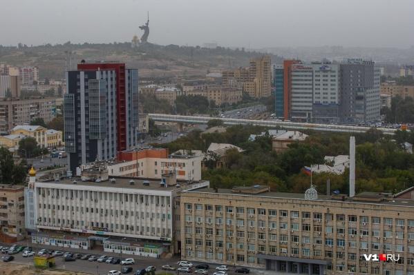 Шансы на профессиональный рост, по мнению волгоградцев, в родном городе туманны