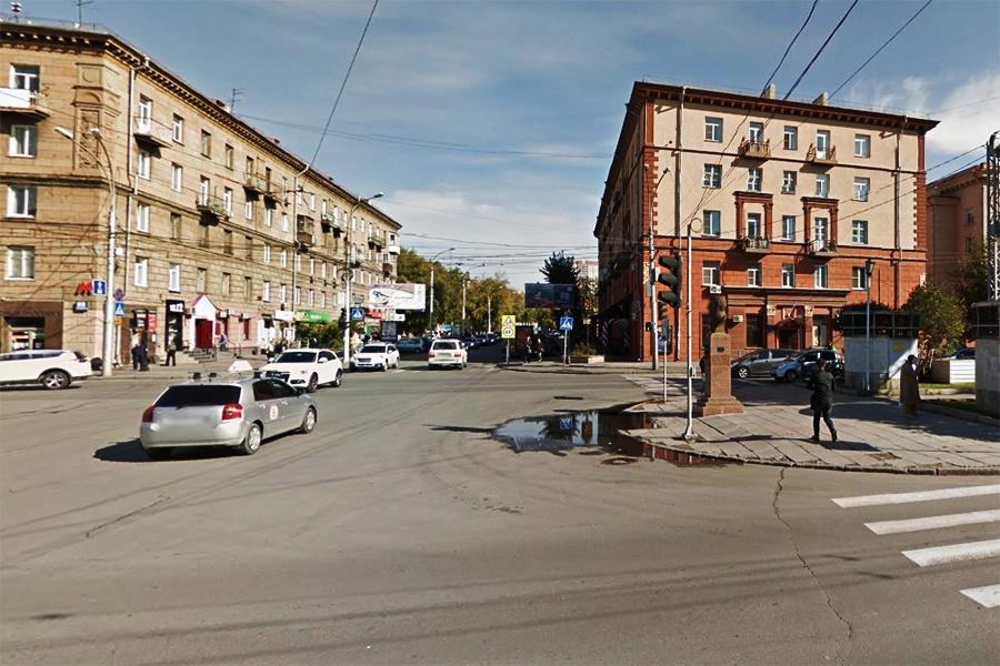 Навремя ремонта теплотрассы закрывают движение научастке улицы Крылова