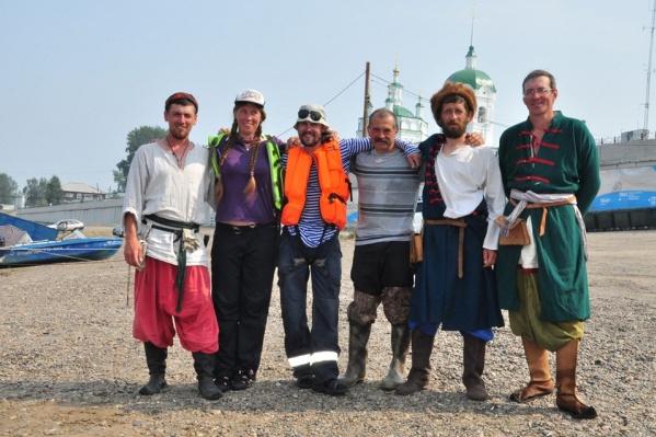 Экипаж состоял из четверых красноярцев и двоих жителей Томска