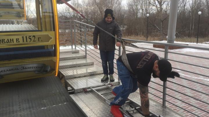 Силачи из Ярославля протащили на себе колесо обозрения: как это было