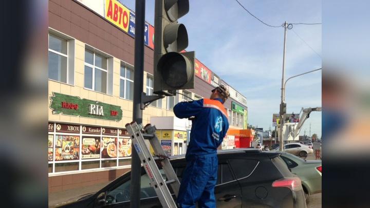 Можно не бояться наезда: в Уфе на оживленном участке дороги установили светофор