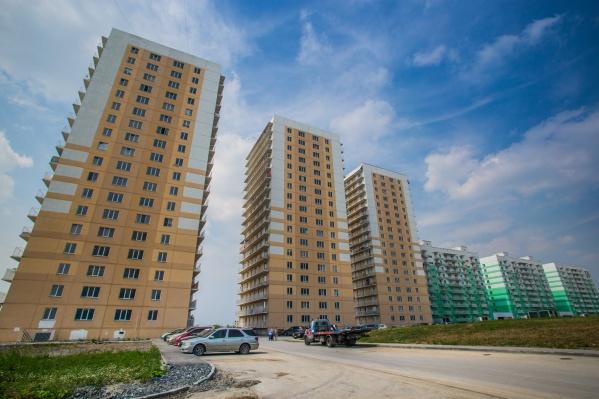 Октябрьский район вышел в лидеры по объёму дешёвого жилья — здесь, в частности, находится один из самых доступных по цене — жилмассив Плющихинский