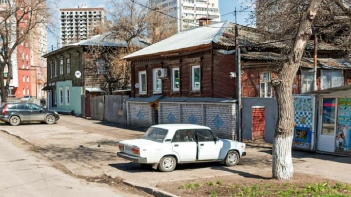 Квартал неподалеку от Губернского рынка зачистят от деревянных домов