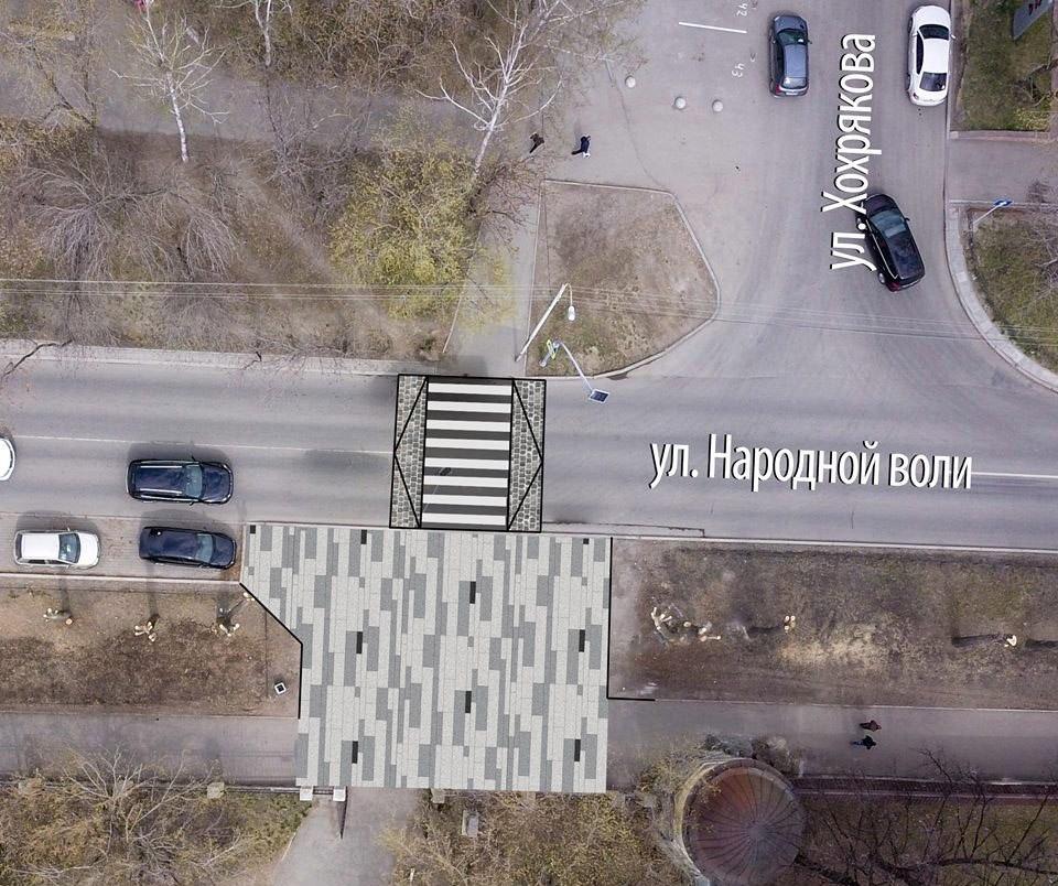 Техника может заезжать в парк и через переход, а на перекрестке Народной Воли — Хохрякова пешеходный переход целесообразно выполнить в приподнятом варианте