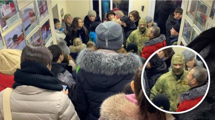 """Источник: «В Самаре прошли обыски в сети алкомаркетов """"Красное и Белое""""»"""