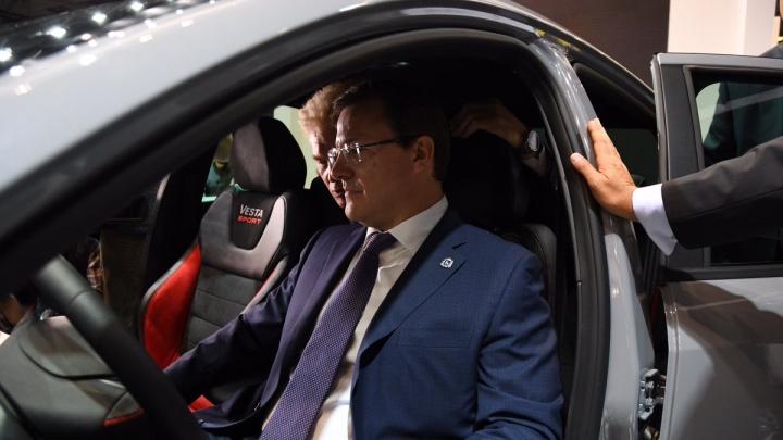 «Буду гонять»: первая Lada Vesta Sport досталась врио губернатора Самарской области