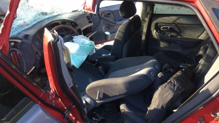 «Брат остался с двумя детьми»: после ДТП под Богдановичем в больнице скончалась женщина-водитель