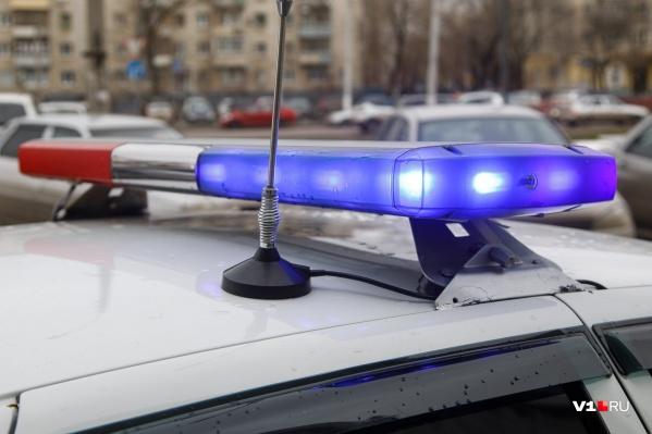 Мужчина прятался от полицейских на антресоли в квартире подруги