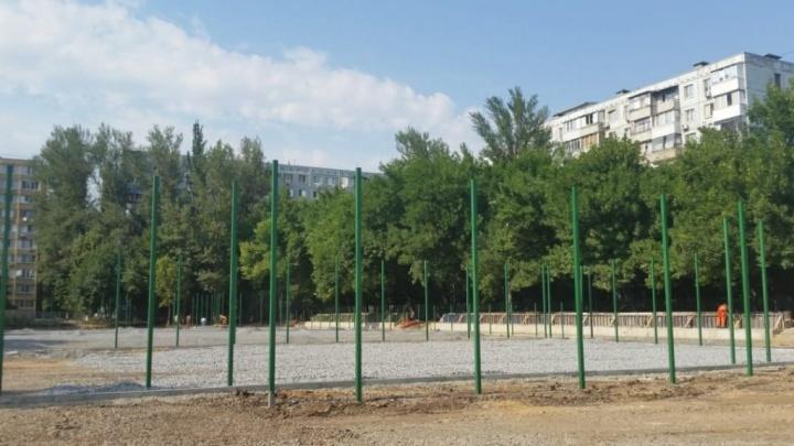 Физкультурный сюрприз: красивый стадион и спортплощадку подарят ростовским школьникам на День знаний