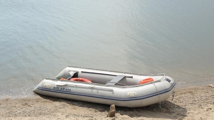 Сибиряк на резиновой лодке резко дал газу и перевернулся посреди Оби