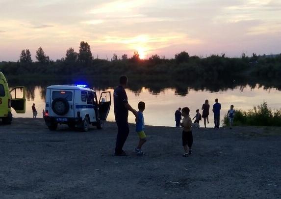 Подробности вечерней трагедии на Туре: утонувшему 48 лет, его тело до сих пор ищут