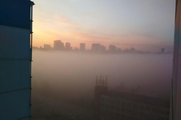 Улица Нарымская в тумане
