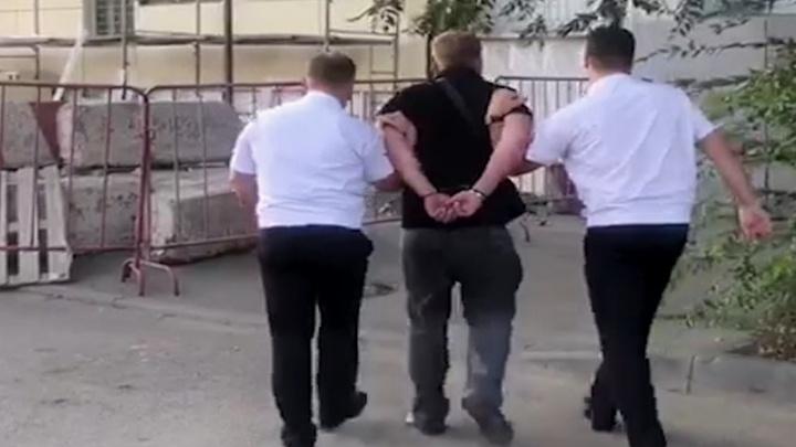 Коммерсант из Самары пытался «выкупить» у полиции четыре грузовика с негабаритным грузом