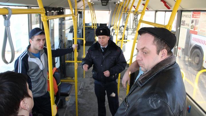 В Красноярске проверили автобусы и нашли один с неисправными тормозами