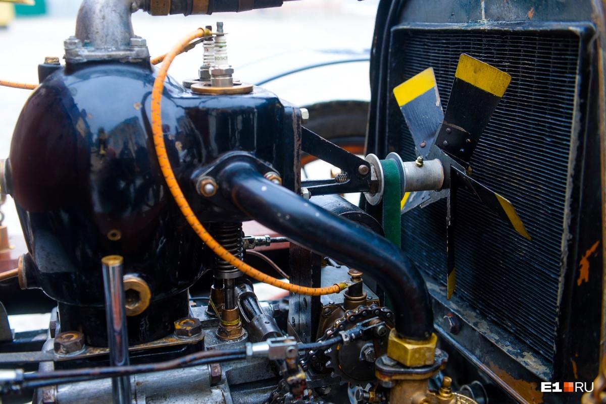 Объем двигателя — 785 кубических сантиметров