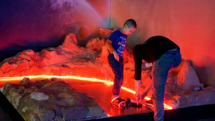 Школьники из Омска отправились на экскурсию на МКС