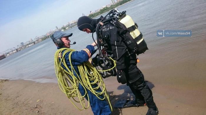 Водолаз Муниципальной аварийно-спасательной службы