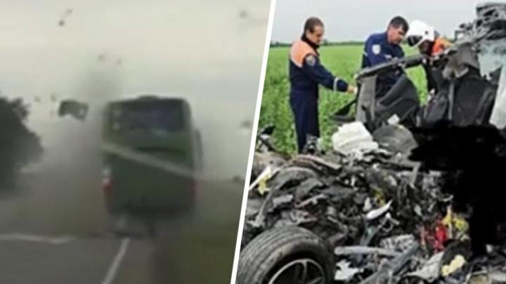 В Сети появилось видео страшной аварии в Ростовской области, в которой погиб ребенок