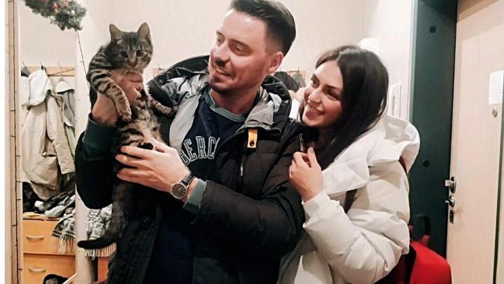 «Русифицировался, но любит азиатские запахи»: как живёт кот Ёши, которого чудом привезли в Новосибирск из Китая