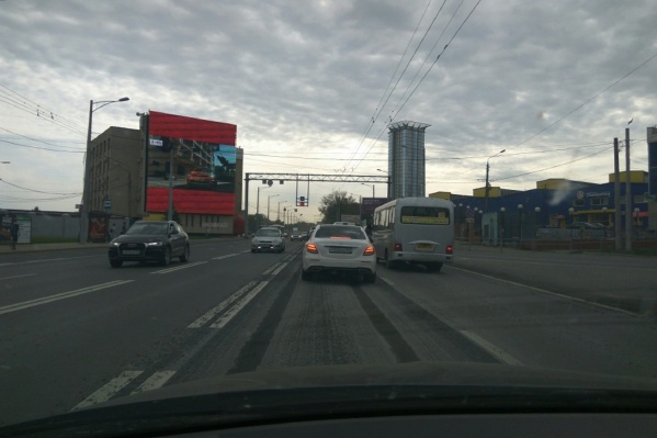 Колея образовалась на участке от Мичурина до проспекта Кирова