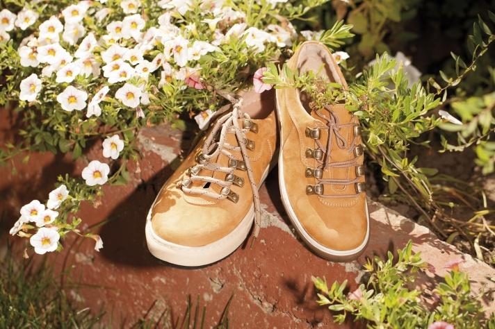 cf8c9391b В день открытия покупатели смогут приобрести качественную и недорогую обувь  из натуральной кожи со скидкой ...