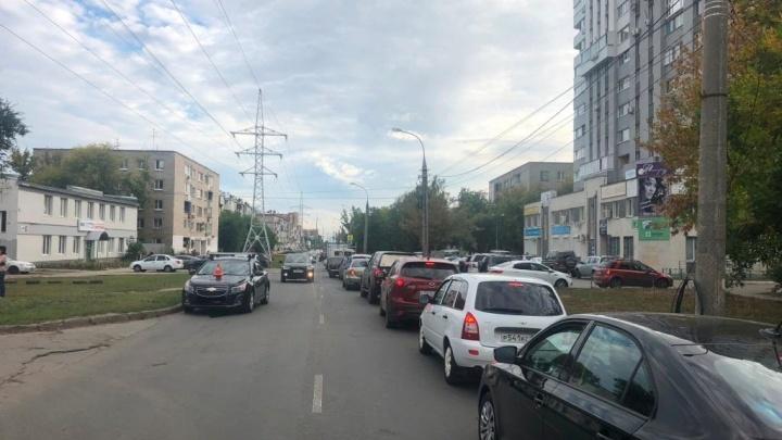 На улице Мяги 11-летняя школьница попала под колёса иномарки