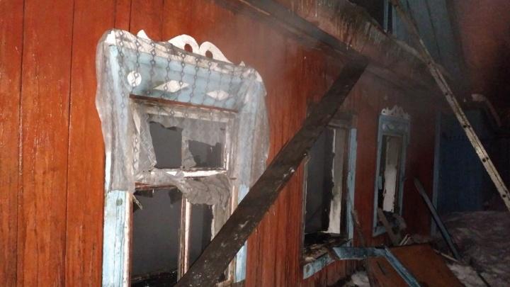 На Береговой, где хотят строить ТРЦ, загорелся частный дом (уже второй за неделю)