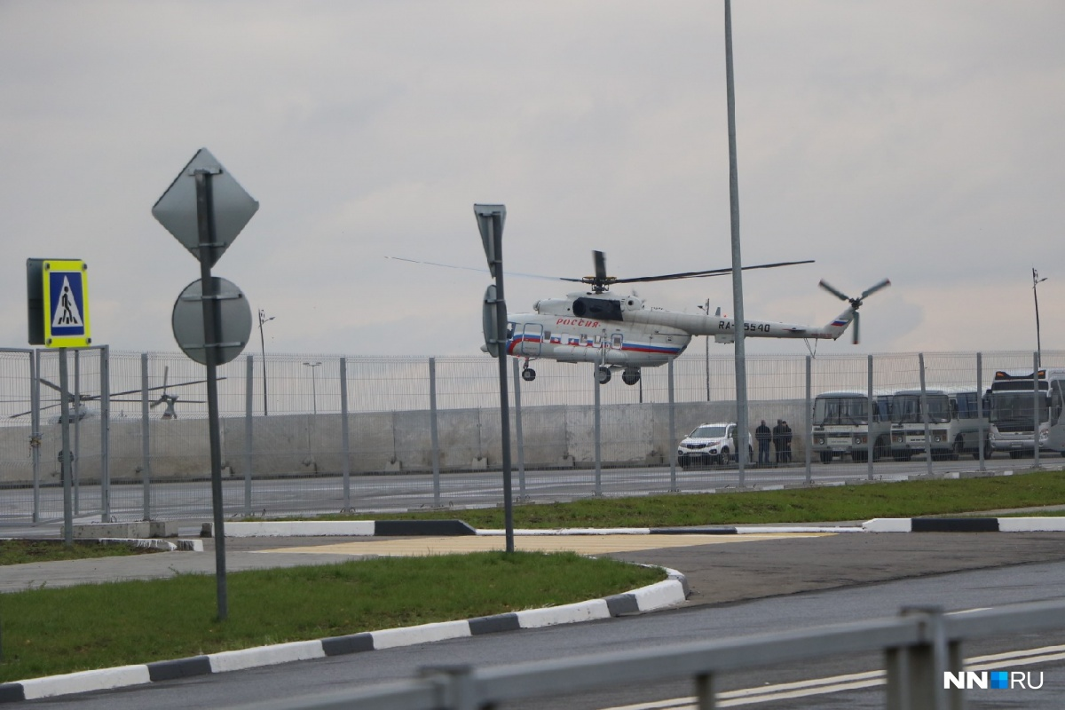 Вертолет президента приземлился на стадионе «Нижний Новгород»