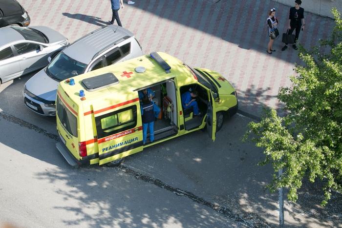 К осени Новосибирская область получит новые машины «скорой помощи», в том числе реанимобиль