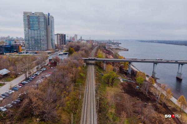 Пермяки предложили добавить остановку электрички у Коммунального моста