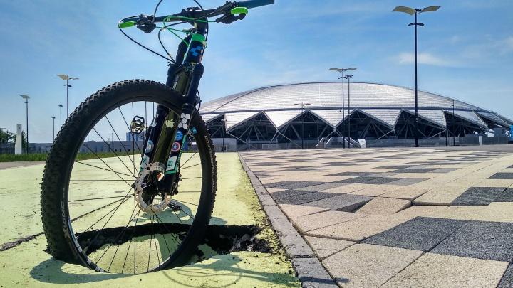 Около «Самара Арены» велодорожка уходит под землю