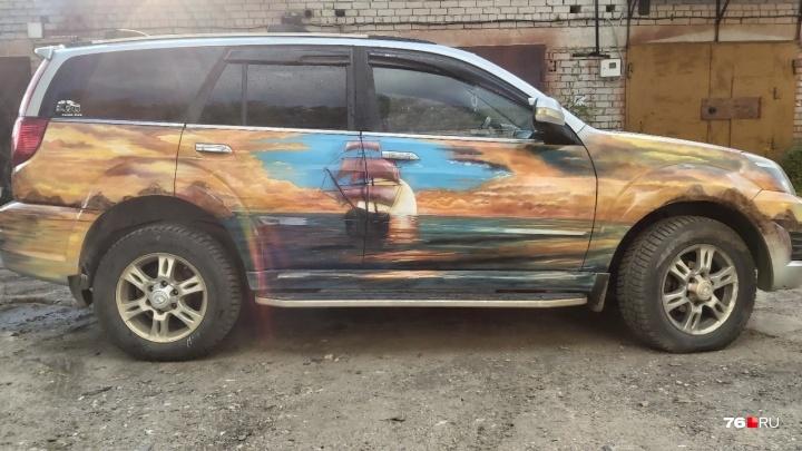 «Тачка — огонь!»: ярославец совместил на своей машине две стихии. Рассматриваем крутое авто