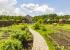 Для богатых огородников: изучаем дома с теплицами и фруктовыми садами под Екатеринбургом