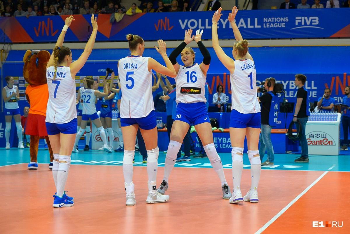 Россиянки уступили два очка в первом сете, восемь — во втором и семь — в третьем