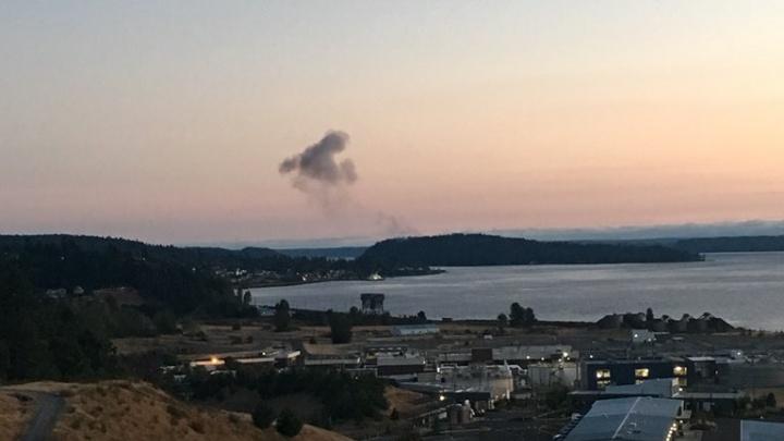 В США из аэропорта в Сиэтле угнали пассажирский самолёт — через 15 минут он разбился