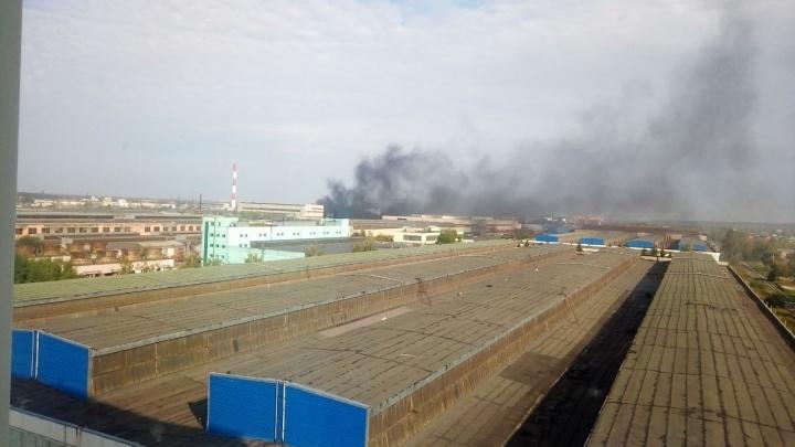 Над Станционной поднялось облако чёрного дыма