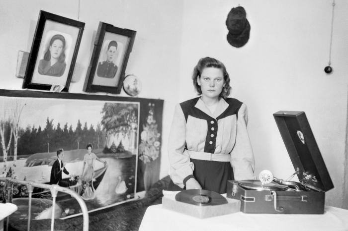 Фотографии сделаны в общежитиях завода «Вектор» на Гагарина