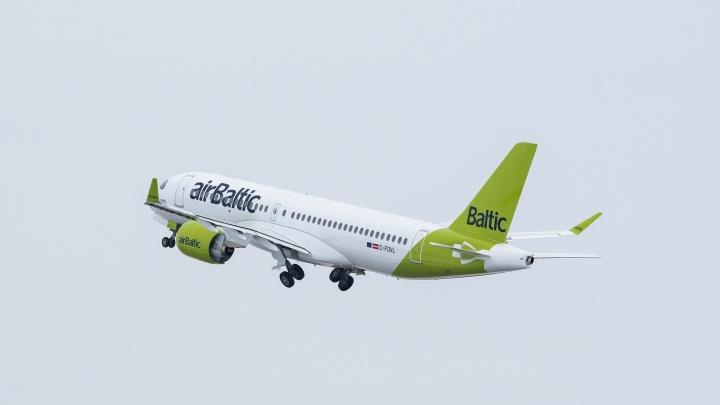 В Кольцово впервые запустят прямые рейсы до самого крупного города стран Балтии