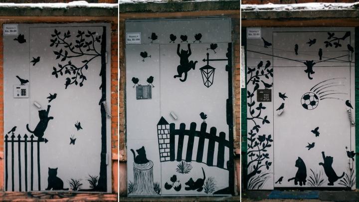 Котята с нашего двора: пятиэтажку в городке Водников украсили необычными рисунками