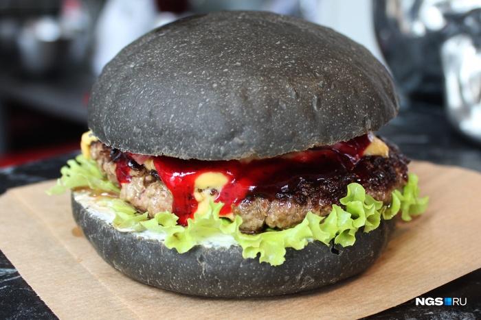 Круче «Макдоналдса»: 5 лучших уличных бургерных
